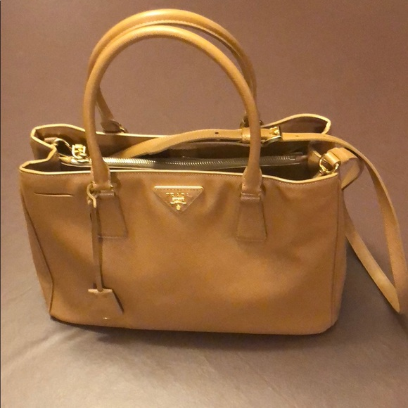 3198fbc4caca Prada Saffiano Medium Gardener's Tote, light brown.  M_5bd670a96197457cdee60f0e
